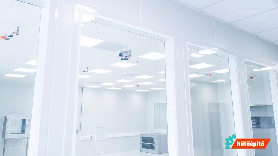 Hűtőépítő tisztaterek üvegezés tisztatéri falhoz