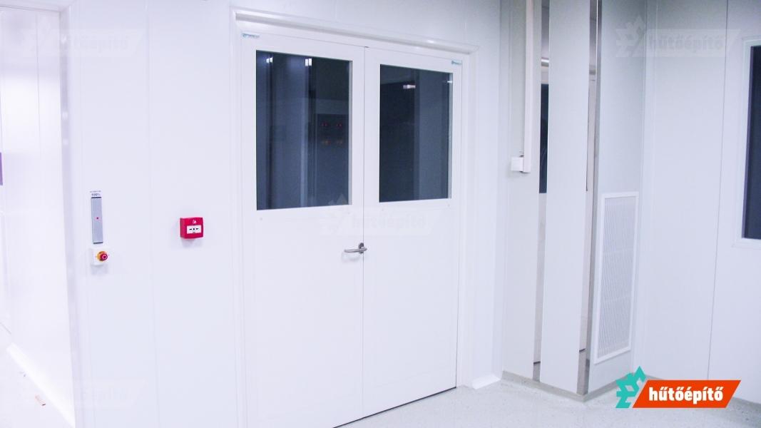 Hűtőépítő KleanLabs tisztatéri ajtók Kétszárnyú tisztatéri ajtó