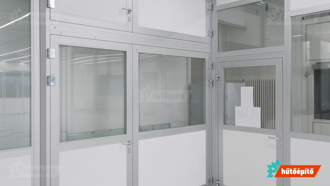 Hűtőépítő KleanLabs tisztatéri ajtók tisztatéri ajtók gyártása