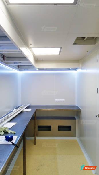 A cég helyszíni higiénés vizsgálatot végez tisztaterekben.